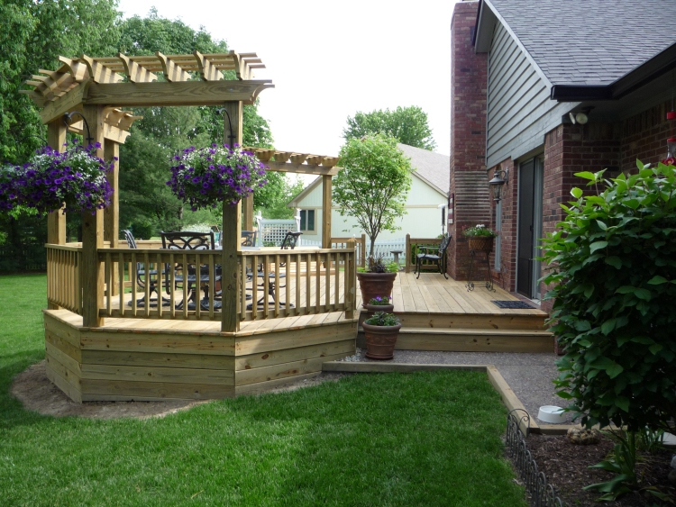 Decks by design picture portfolio for Wooden decks for small backyards